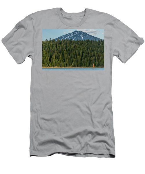 Elk Lake Sailing  Men's T-Shirt (Athletic Fit)