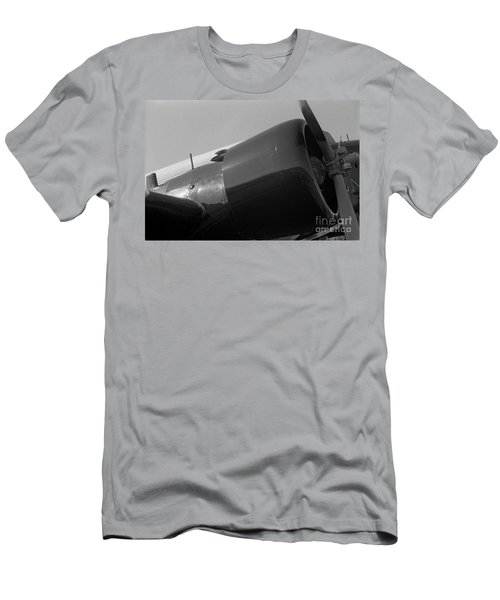 Engine Cowling Of Ju-52 Men's T-Shirt (Athletic Fit)
