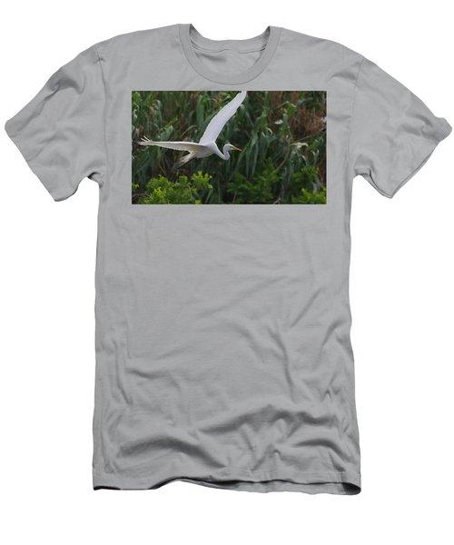 Enter The Great Egret 5 Digitalart Men's T-Shirt (Athletic Fit)
