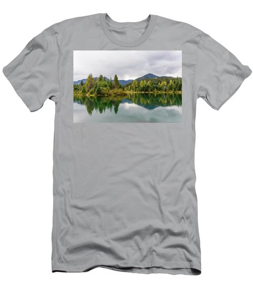 Falls Colors In Gold Creek Pond Men's T-Shirt (Athletic Fit)