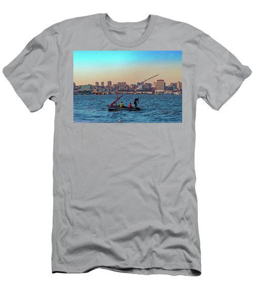 Fishermen And The Maputo Skyline Men's T-Shirt (Athletic Fit)