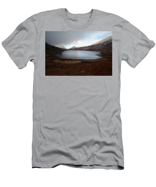 Foggy Favre Lake Men's T-Shirt (Slim Fit) by Jenessa Rahn