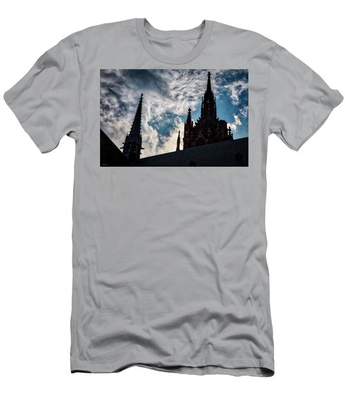 Frankfurt Cathedral Men's T-Shirt (Athletic Fit)