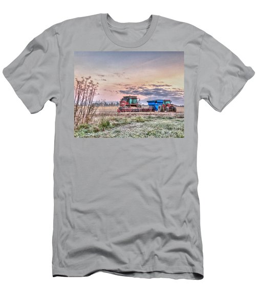 Frosty Farm Morning Men's T-Shirt (Athletic Fit)