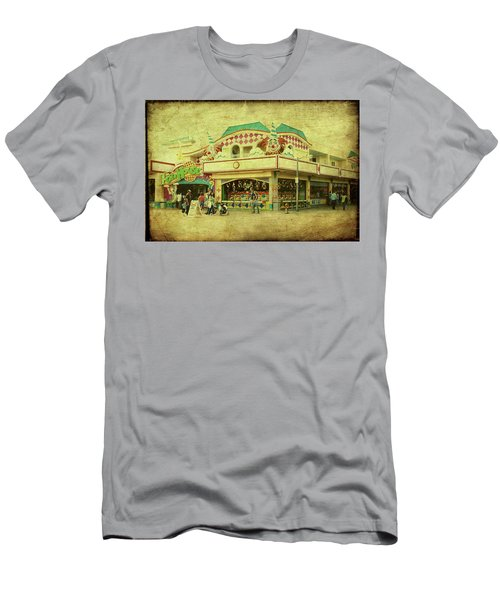 Fun House - Jersey Shore Men's T-Shirt (Athletic Fit)