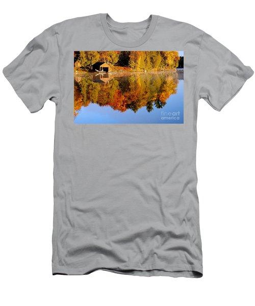 Gatineau Park Taylor Lake Men's T-Shirt (Athletic Fit)