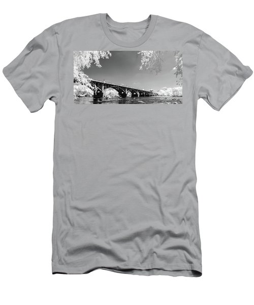 Gervais Street Bridge In Ir1 Men's T-Shirt (Athletic Fit)