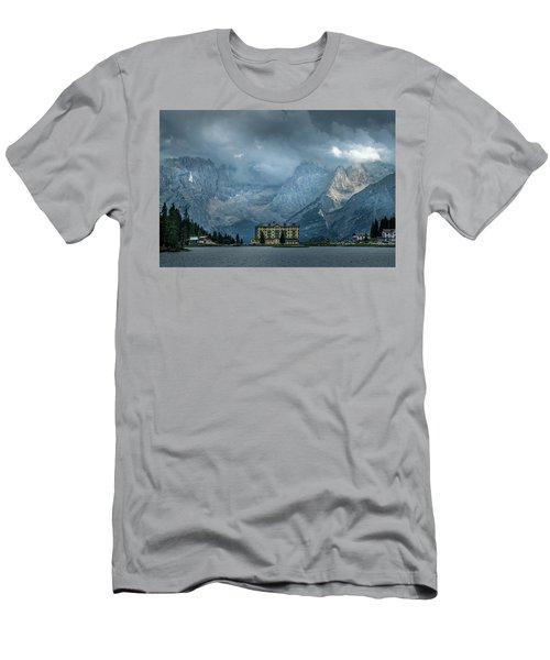 Grand Hotel Misurina Men's T-Shirt (Athletic Fit)