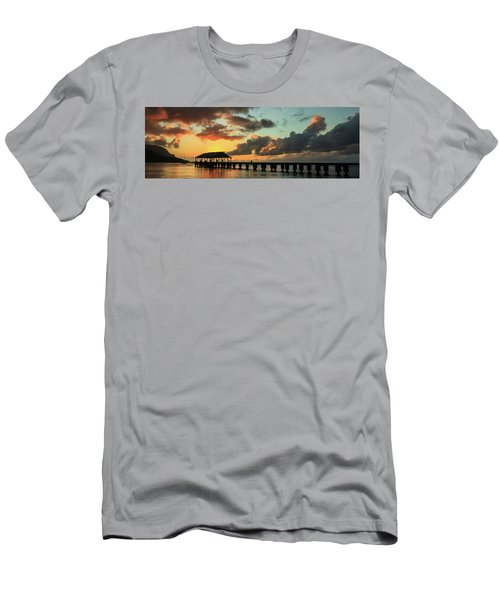 Hanalei Pier Sunset Panorama Men's T-Shirt (Athletic Fit)