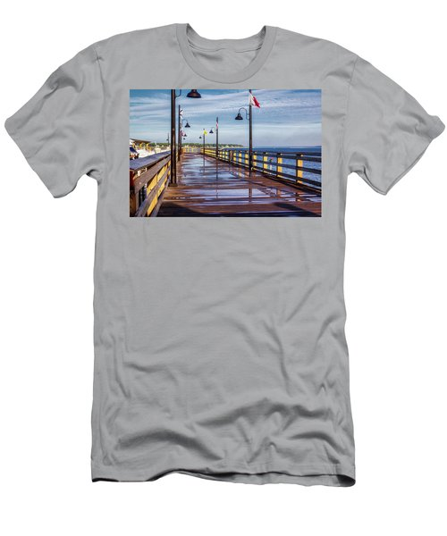 Harbour Town Pier Men's T-Shirt (Athletic Fit)