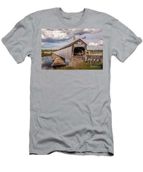 Hartland Covered Bridge Men's T-Shirt (Athletic Fit)