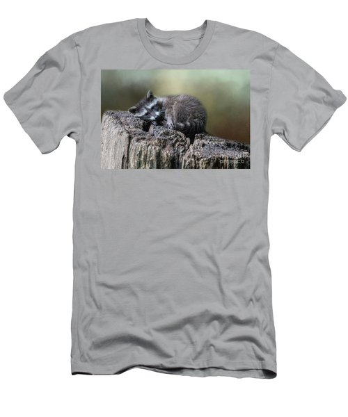 Having A Rest Men's T-Shirt (Athletic Fit)