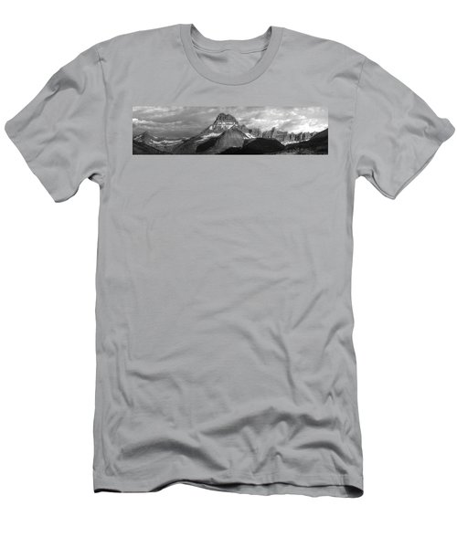 Men's T-Shirt (Slim Fit) featuring the photograph Head And Shoulders by David Andersen