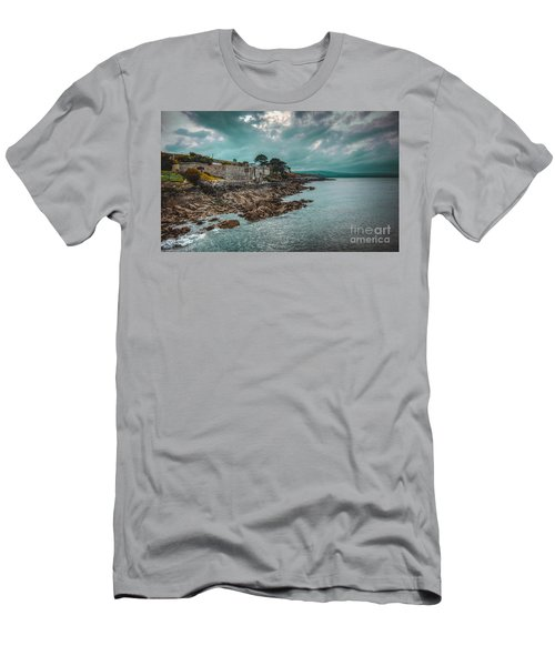 Helvick House 2 Men's T-Shirt (Athletic Fit)