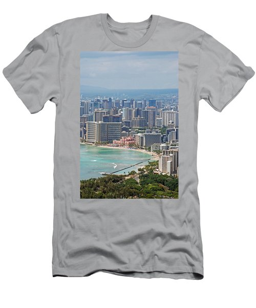 Honolulu Hawaii  Men's T-Shirt (Athletic Fit)