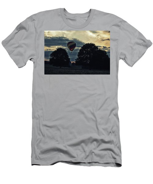 Hot Air Balloon Between The Trees At Dusk Men's T-Shirt (Athletic Fit)