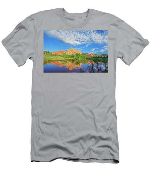 Impossible Not To Fall In Love With Colorado. Here's Why.  Men's T-Shirt (Slim Fit) by Bijan Pirnia