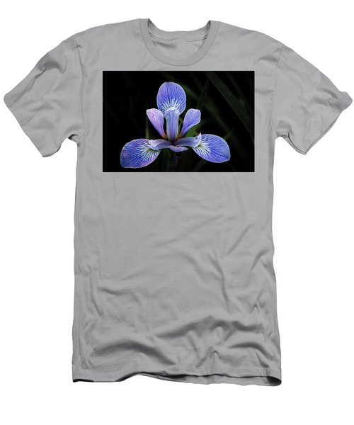 Iris #4 Men's T-Shirt (Athletic Fit)