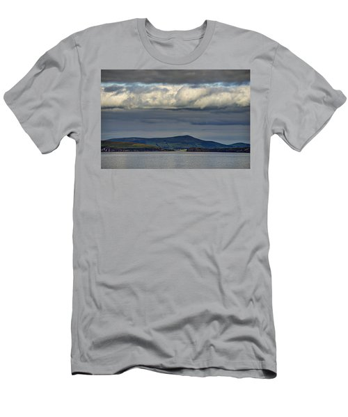 Irish Sky - Dingle Bay Men's T-Shirt (Athletic Fit)