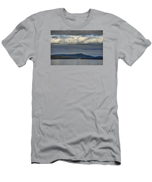 Irish Sky - Dingle Bay Men's T-Shirt (Athletic Fit)