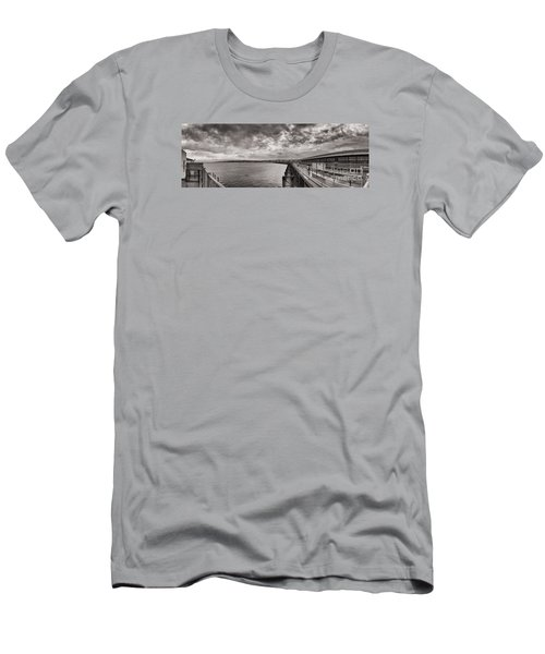 Island Panorama - Ryde Men's T-Shirt (Athletic Fit)