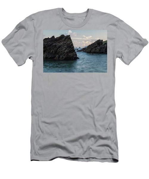 Islets At The Bottom Of The Rocks Men's T-Shirt (Athletic Fit)