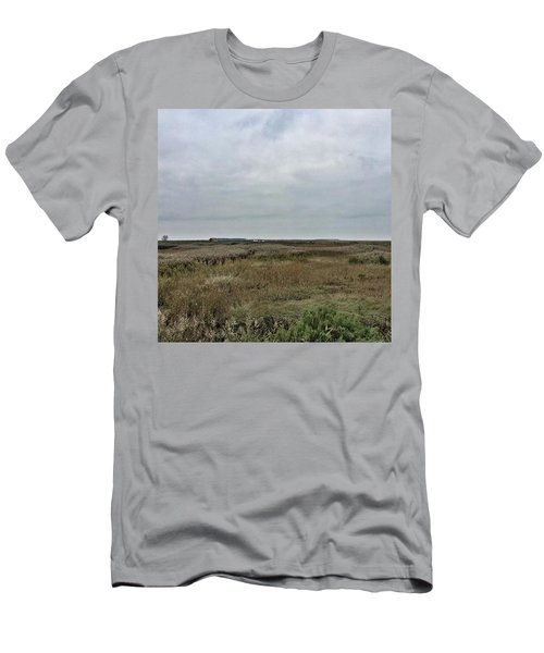 It's A Grey Day In North Norfolk Today Men's T-Shirt (Athletic Fit)