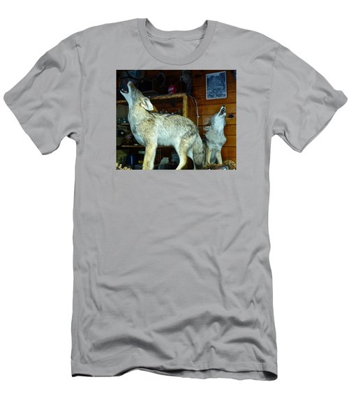 Kings Canyon Lodge Coyotes Men's T-Shirt (Slim Fit) by Amelia Racca