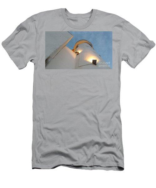 Scarborough Lighthouse Men's T-Shirt (Athletic Fit)