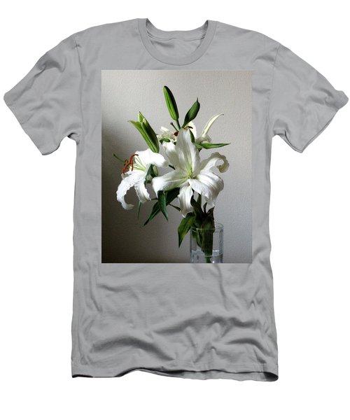 Lily Flower Men's T-Shirt (Athletic Fit)