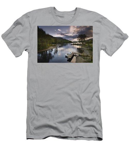Loch Earn 1 Men's T-Shirt (Athletic Fit)