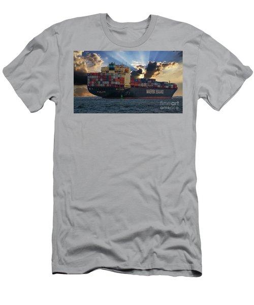 Leaving Charleston South Carolina Men's T-Shirt (Athletic Fit)
