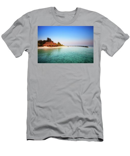 Maldives Morning Men's T-Shirt (Athletic Fit)