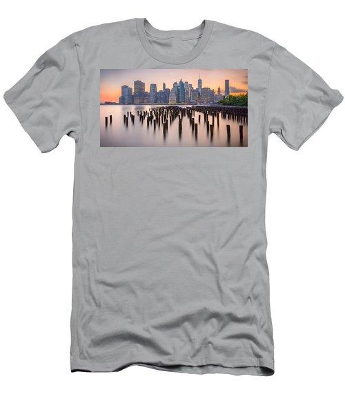 Manhattan Dusk Men's T-Shirt (Athletic Fit)