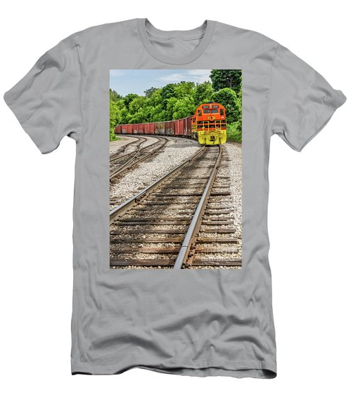 Marquette Rail Carrier Men's T-Shirt (Athletic Fit)