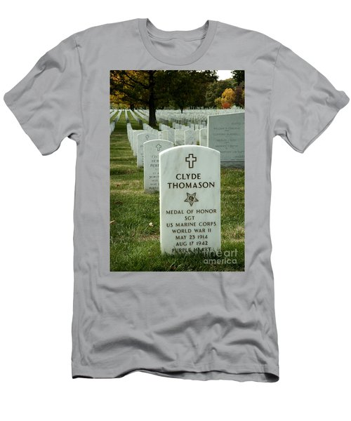 Medal Of Honor - 430 Men's T-Shirt (Athletic Fit)