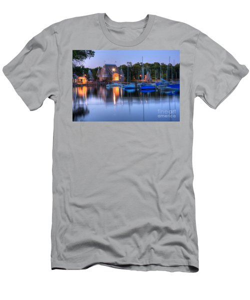 Minneapolis Skyline Photography Men's T-Shirt (Athletic Fit)