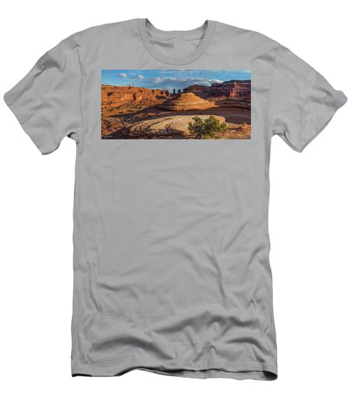 Moab Back Country Panorama Men's T-Shirt (Athletic Fit)