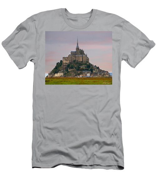 Mont Saint Michel Men's T-Shirt (Athletic Fit)