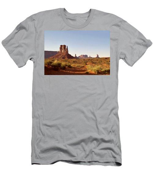 Monument Valley Calm Men's T-Shirt (Athletic Fit)