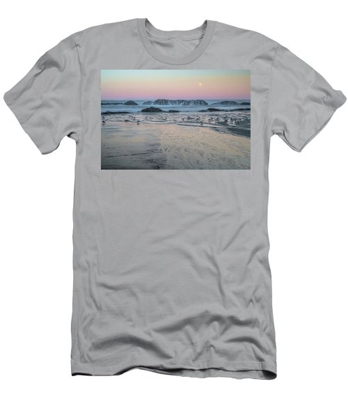 Moonset At Seal Rock Men's T-Shirt (Athletic Fit)