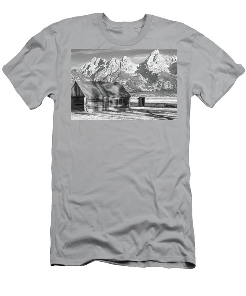 Men's T-Shirt (Athletic Fit) featuring the photograph Moulton Homestead - Bunkhouse by Colleen Coccia