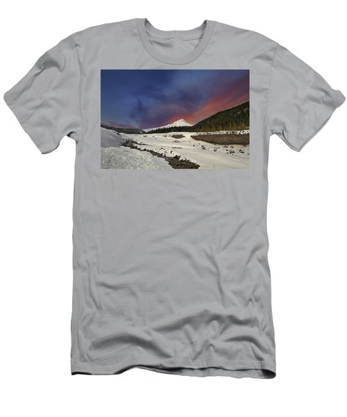 Mount Hood Winter Wonderland Men's T-Shirt (Athletic Fit)