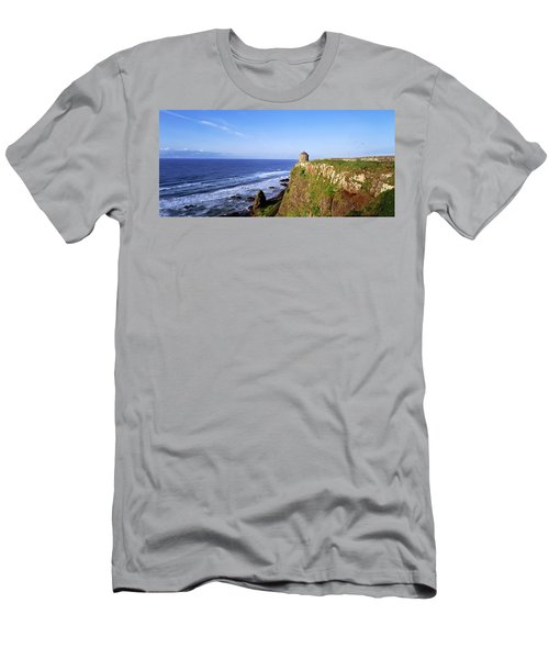 Mussenden Temple, Portstewart, Co Men's T-Shirt (Athletic Fit)