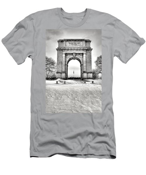National Memorial Arch In Winter Men's T-Shirt (Athletic Fit)