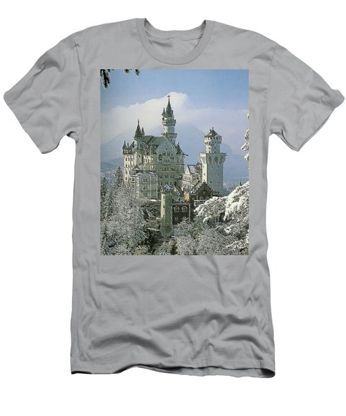 Neuschwanstein  Men's T-Shirt (Athletic Fit)