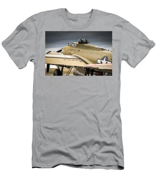 Nine-0-nine Men's T-Shirt (Athletic Fit)