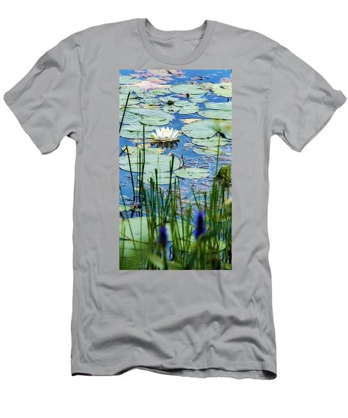 North American White Water Lily Men's T-Shirt (Athletic Fit)