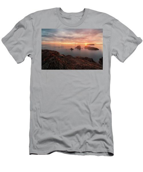 North Puget Sound Sunset Men's T-Shirt (Athletic Fit)