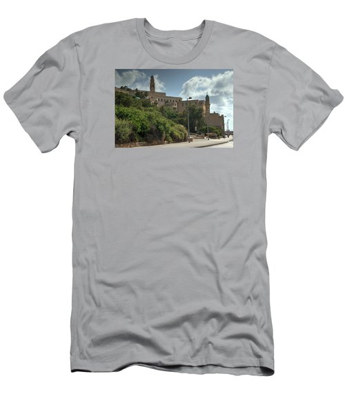 Old Jaffa Port 2 Men's T-Shirt (Athletic Fit)
